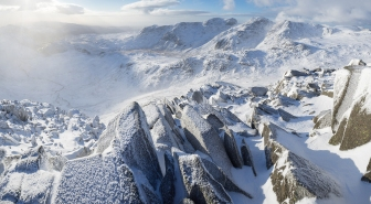 bowfell-to-scafell-pike-winter-lake-district-photography