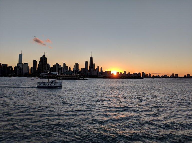 Sunset cruise, Chicago